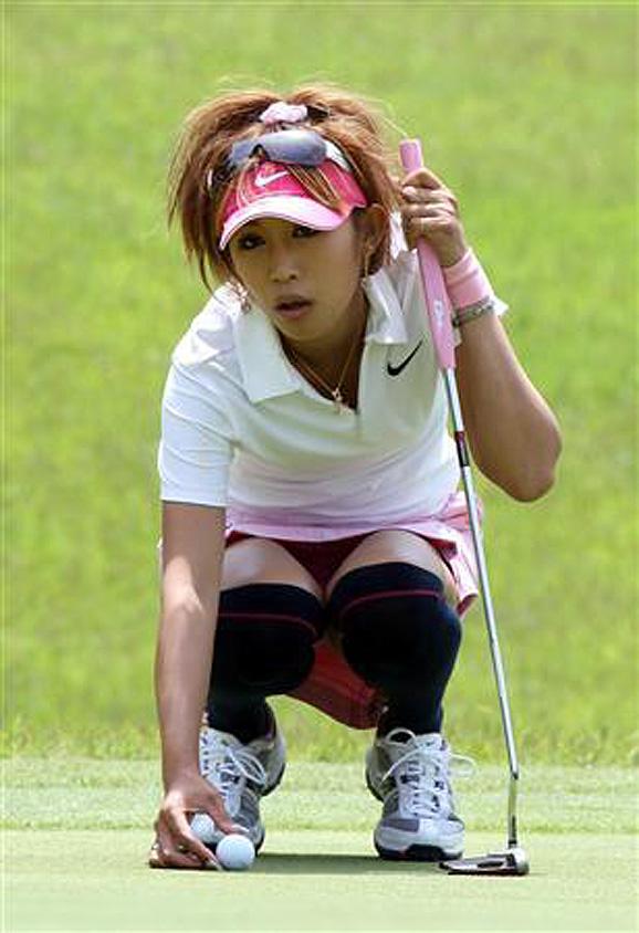 ゴルフよりパンチラ_03